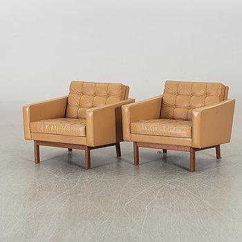 KARL-ERIK EKSELIUS, a pair of chairs, JOC.