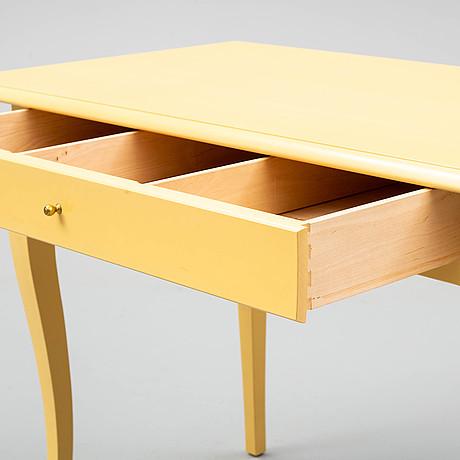 "Skrivbord, ""Österbybruk"", ur ikea:s 1700-tals serie."