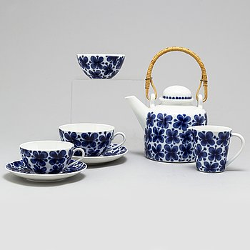 MARIANNE WESTMAN, a part 'Mon Amie' porcelain coffee and tea service, Rörstrand (26 pieces).