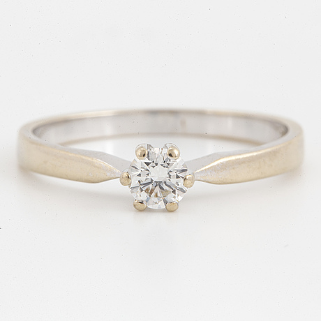 0,35 ct brilliant cut diamond ring