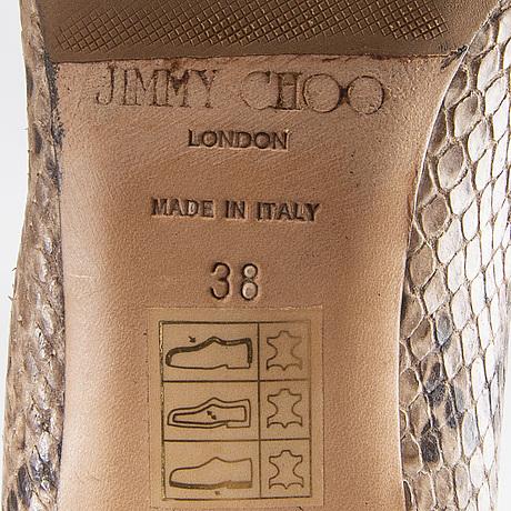 Jimmy choo, pumps.