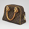 Louis vuitton, a 'manhattan pm' bag