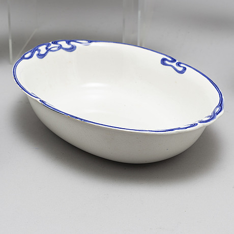 A part 'dresden' creamware dinner service, villeroy and boch, jugend, early 20th century. (55 pieces).