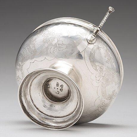 A swedish 18th century silver brandy-bowl, mark of nils grubb, hudiksvall 1777.