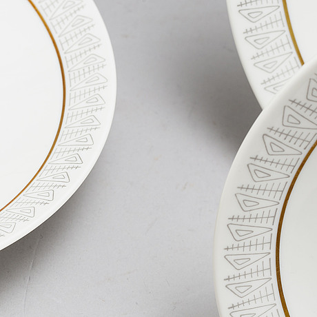 A part dinner porcelain service, from rörstand, second half of the 20th century (56 pieces).