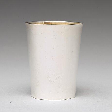 A swedish 20th century parcel-gilt silver beaker, mark of sven arne gillgren, gab, stockholm 1961.