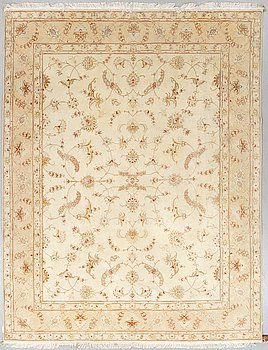 A CARPET, Tabriz, part silk, ca 258 x 199 cm.