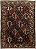 A carpet semi-antique bakthiarti, ca 283 x 206 cm.