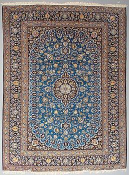 A carpet Kashan ca 386 x 300 cm.
