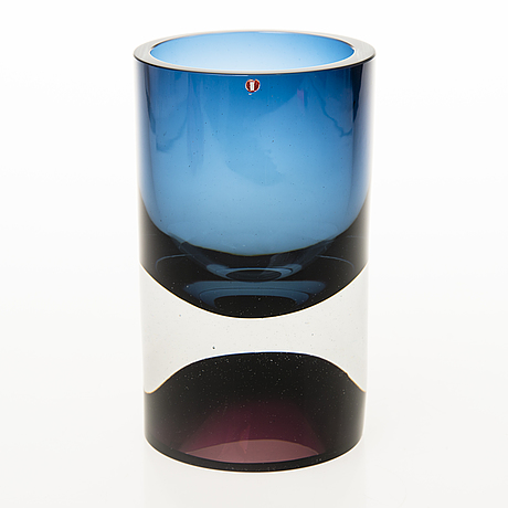 Tapio wirkkala, a 'double-headed' glass vase signed tapio wirkkala 3894.