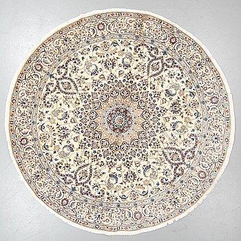 A rug, Nain, part silk, Diameter 246 cm.