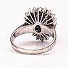 Ring, 18k vitguld, safir, diamanter 8/8 ca 0.35 ct totalt.