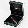 18k gold, diamond och sapphire brooch.