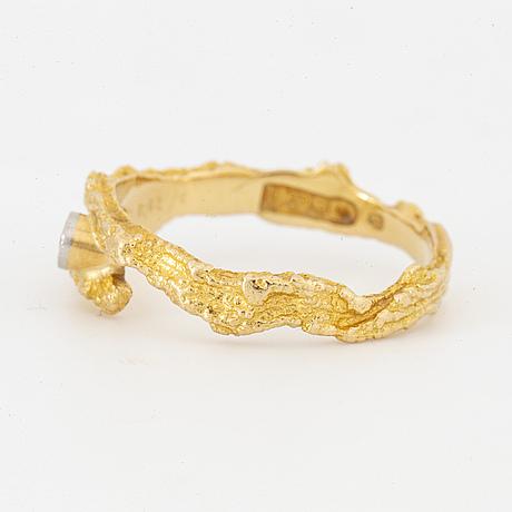 Lapponia, ring med  åttkantslipad diamant.