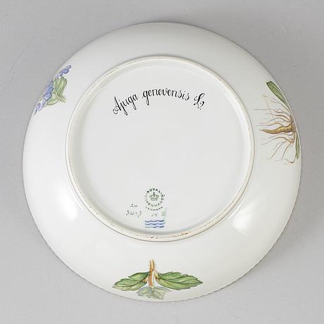 A royal copenhagen 'flora danica' dish, denmark, 20th century.