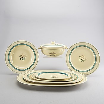 64 peices earthenware, Villroy and Boch, 1940-1950's.