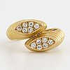 18k gold and eight-cut diamond ring.