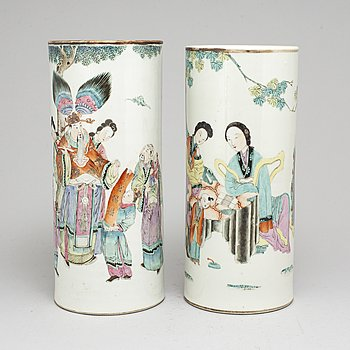 Two Chinese famille rose porcelain hat stands, early 20th century.