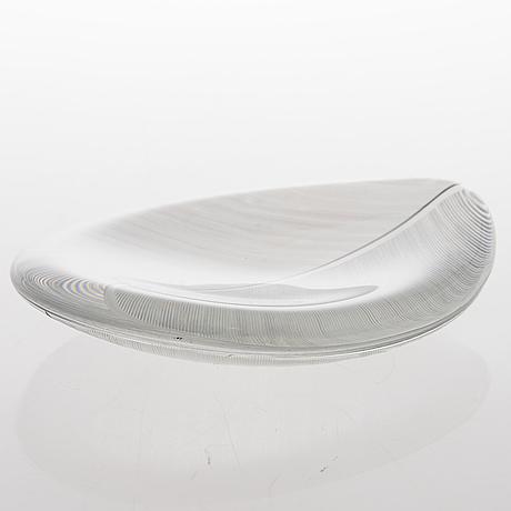 Tapio wirkkala, a 'lehti '(leaf) model 3337 glass bowl, signed tapio wirkkala iittala.