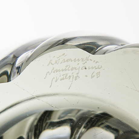 Kaj franck, maljakko kf 285, lasia, signeerattu k franck nuutajärvi notsjö -63.