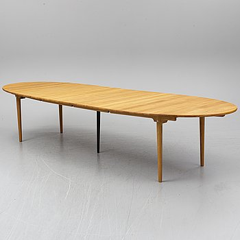HANS J WEGNER, a oak dining table model CH339, Carl Hansen & Son, Denmark.