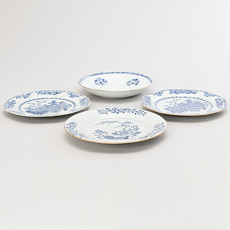 Four oriental plates. early 19th century.