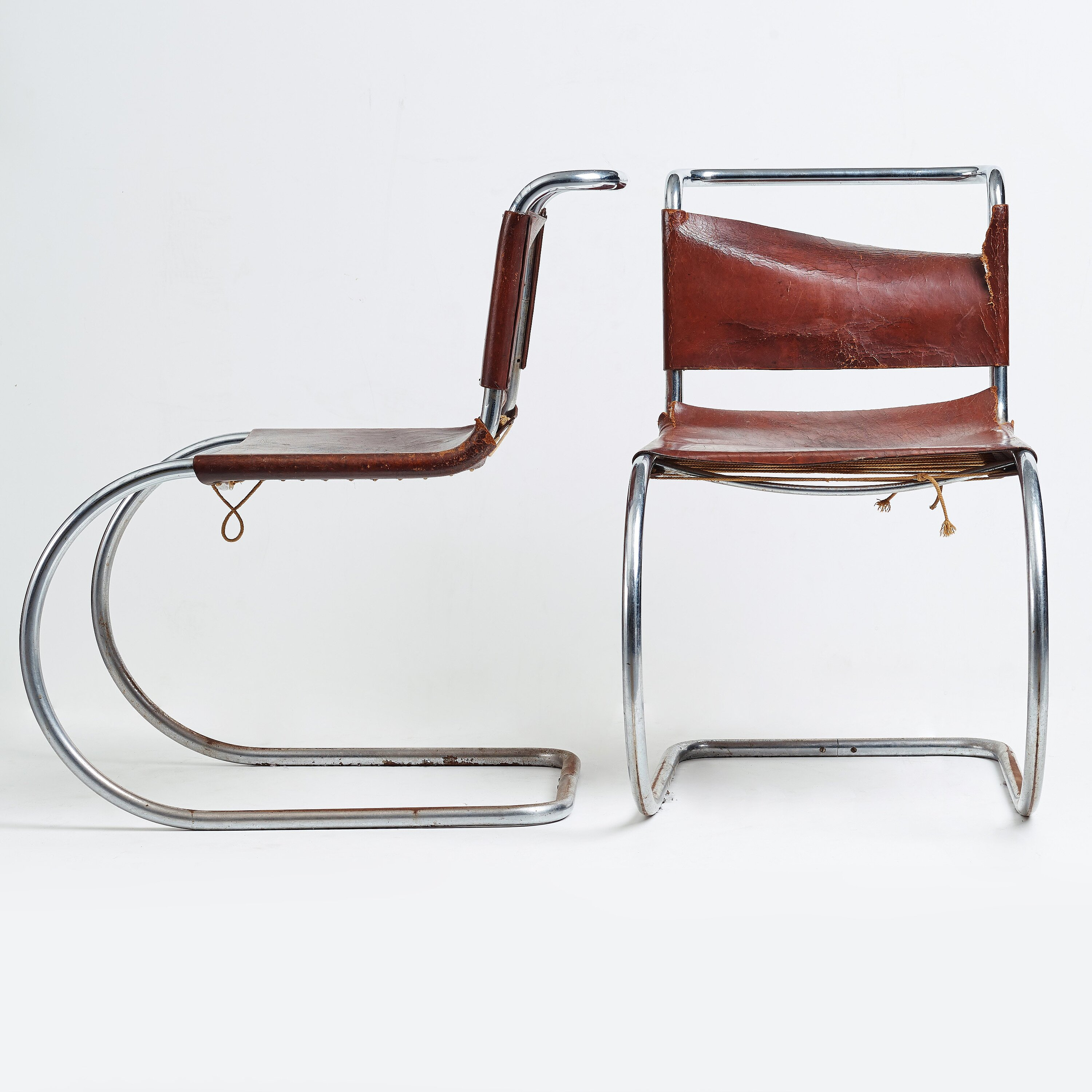"""Chaise Brno Mies Van Der Rohe ludwig mies van der rohe, a pair of """"mr 10"""" armchairs"""