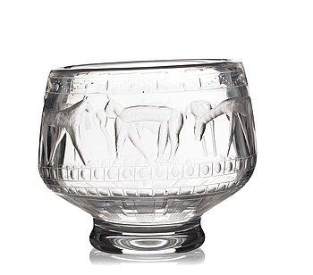 8. Erik Höglund, an engraved glass bowl, Boda, Sweden 1950's.