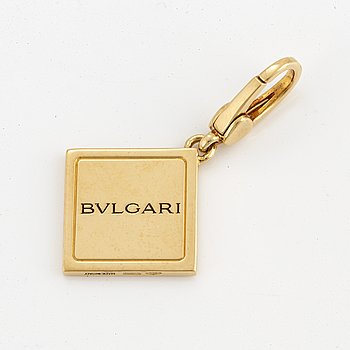 18k gold Bulgari pendant.