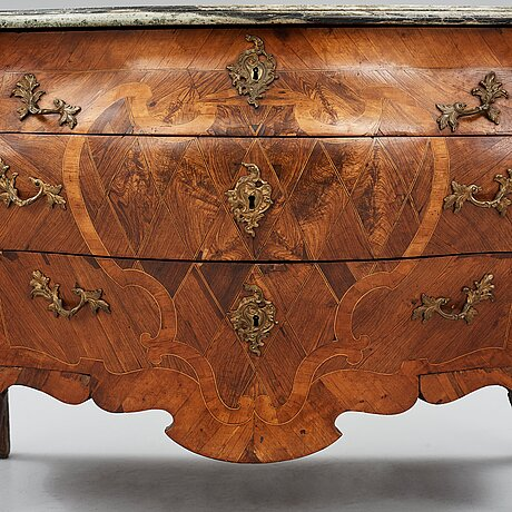 A swedish rococo 18th century commode.