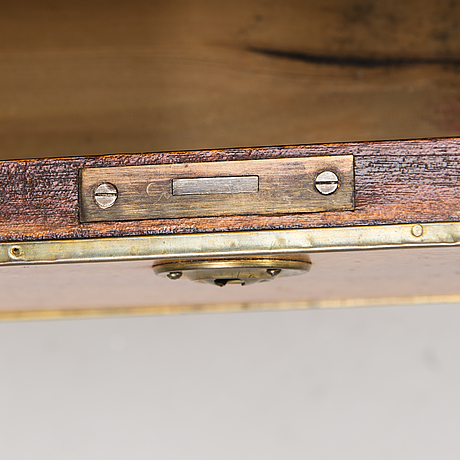 Early 20th century gustavian style drawer.