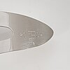 Kari huhtamo, stål, signerad och daterad 2004, numrerad 1/3.