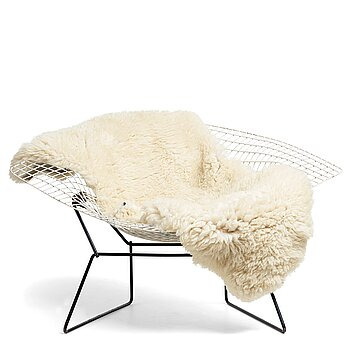 "9. Harry Bertoia, a ""Diamond Chair Wide"", for Knoll International, possibly on licence by Nordiska Kompaniet, 1950-60's."