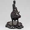 Skulptur, brons. kina, 1900-talets första hälft.