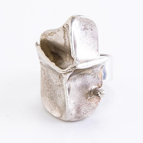 """BjÖrn weckstrÖm, ring, """"i magma"""", ked och ÖrhÄngen i sterling silver, lapponia, helsingfors 1971-88."""