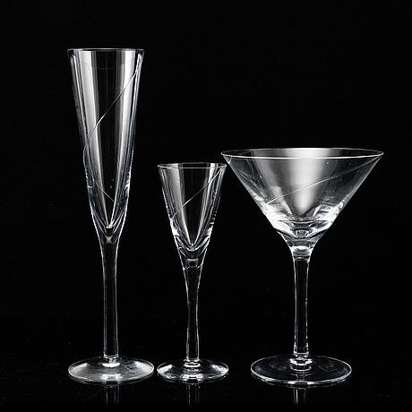 Anna ehrner, a 'line' glass servis, 78 psc, kosta boda.