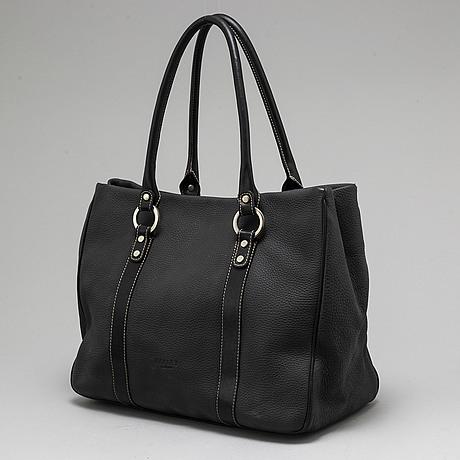 A osprey leather bag.