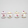 Cremekoppar med lock, fyra stycken, mjukt porslin. rokoko, sverige, 1700-tal.