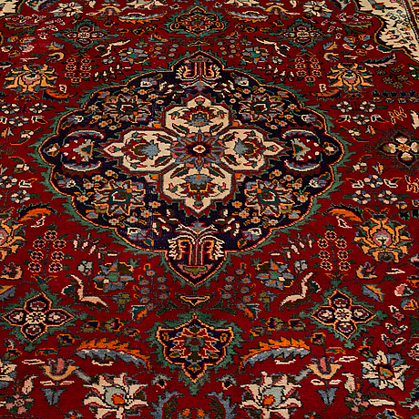 A carpet, azerbajdzjan, possibly ca 296 x 197 cm.