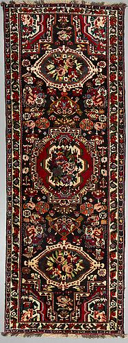 A carpet , bakthari, ca 318 x  x 123 cm.