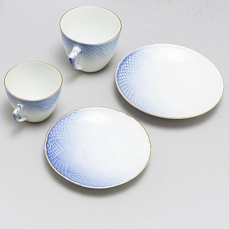 A part 'blå måsen' part porcelain coffee and tea service, bing & gröndahl, denmark. (49 pieces).