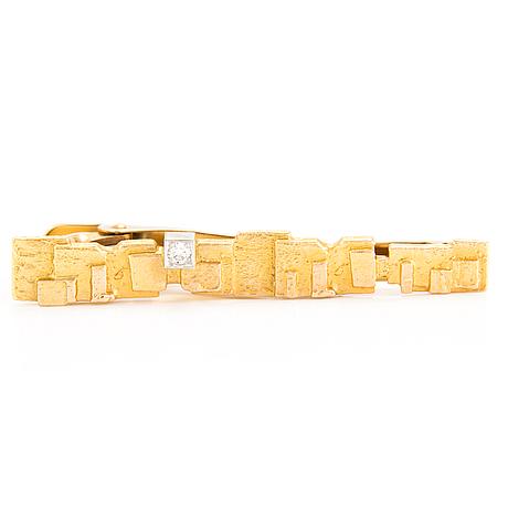 "BjÖrn weckstrÖm, solmioneula ja kalvosinnapit, ""crust of ice"", 14k kultaa, briljanttihiotut timantit. lapponia."