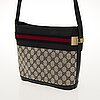 Gucci vintage cross body bag.