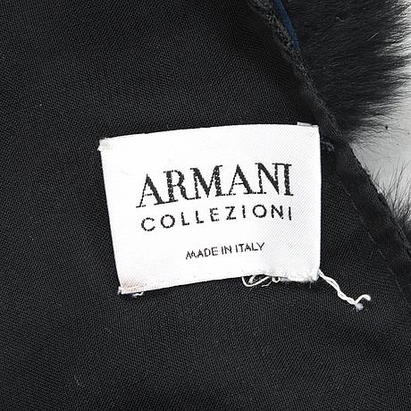 Armani, stola.