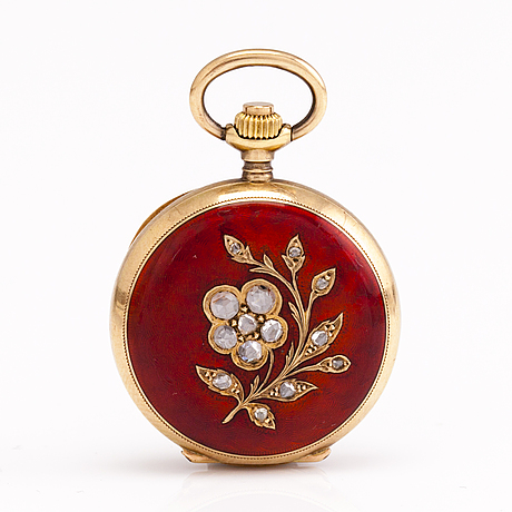 A pocket watch and a medallion. 14k gold and silver, enamel and rose cut diamonds ca. 0.15 ct in total.