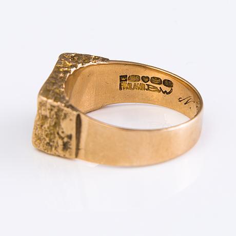 "BjÖrn weckstrÖm, sormus, ""kultakivi"" 14k kultaa, kuparimalmia, lapponia 1971."