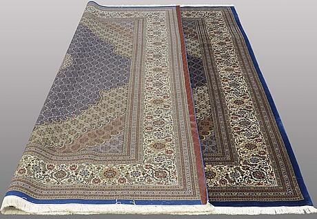 A carpet, tabriz, part silk, so called 50 radj 300 x 250 cm.