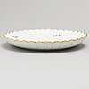Meissen, a porceline plate and 6 dishes, 20th century.