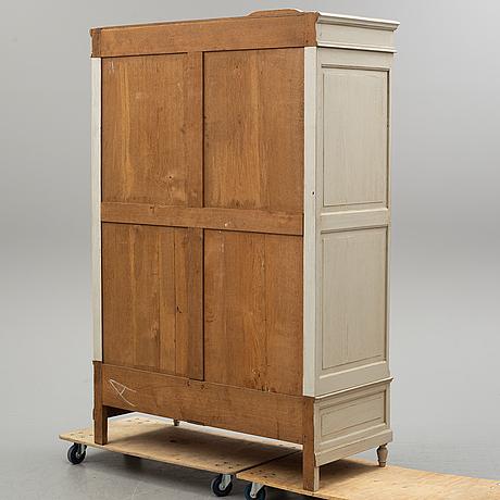 Wardrobe, first half of 20th century.