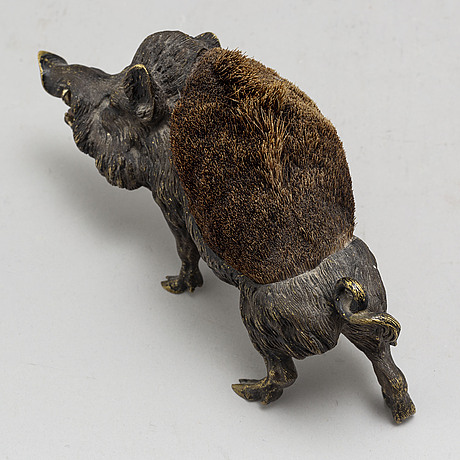 A viennese cold painted bronze figurine, circa 1900.